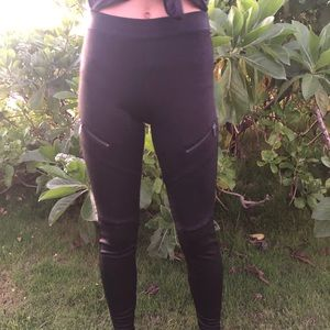 Black Express Leggings - Size xs